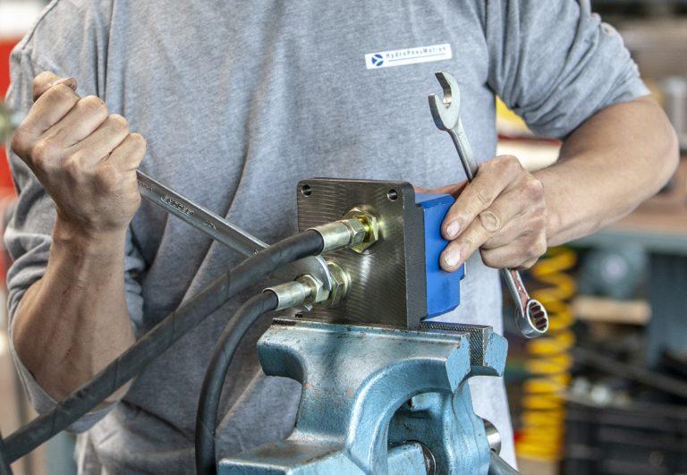hydropneumotion werkplaats monteur revisie