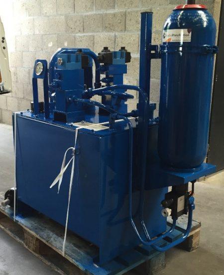 hydropneumotion hydrauliek unit werkplaats